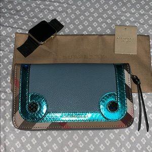 🥰sale😘Burberry Elemore CeladonBlue wallet